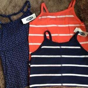Old Navy 5T cute tank bundle!